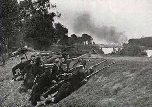Belgian troops defending Antwerp 1914. Image courtesy Manchester Guardian.
