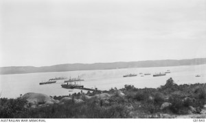 Transport ships coaling and watering in the inner harbour, Albany 30 October 1914. HMS Minotaur and HMAS Melbourne are opposite the pier. Photographer Charles Edwin Woodrow (CEW) Bean. Image courtesy Australian War Memorial.