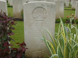 Francis Moad's headstone, Heilly Station Cemetery, France. Image courtesy Sharon Hesse.