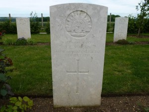 James Lewis Martin's headstone, Villers-Bretonneux Military Cemetery, France. Image courtesy Sharon Hesse.