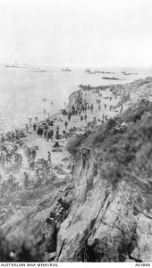 Australian and New Zealand troops crowd the narrow shoreline the day after the Gallipoli landing. Image courtesy Australian War Memorial.