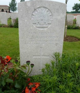 Edmund Arthur Ashdown headstone, Queant Road Cemetery, Buissy, France. Image courtesy Sharon Hesse.