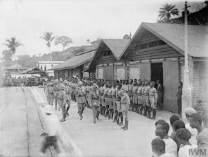 General Cunliffe inspects a 3rd Battalion Nigeria Regiment Guard of Honour, Calabar, November 1916. Image courtesy Imperial War Museum © IWM (Q 15594).